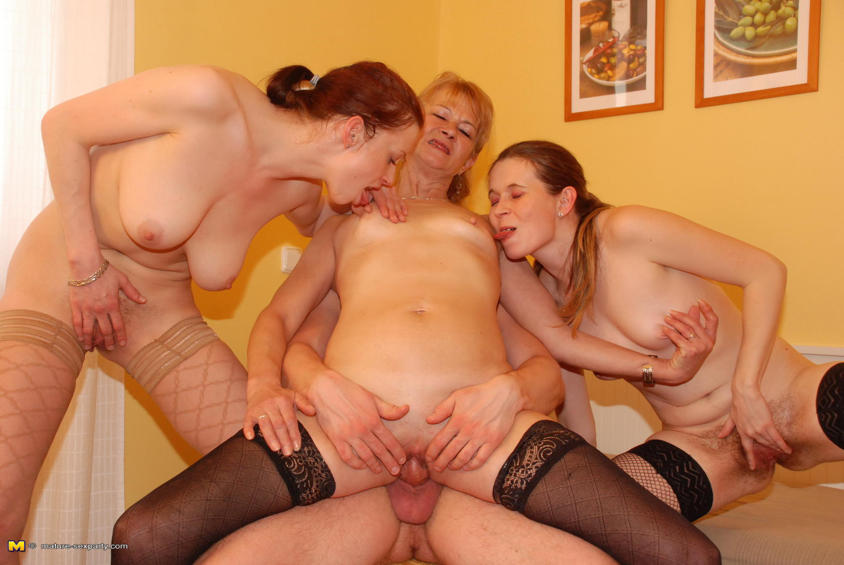 Naked mature women party