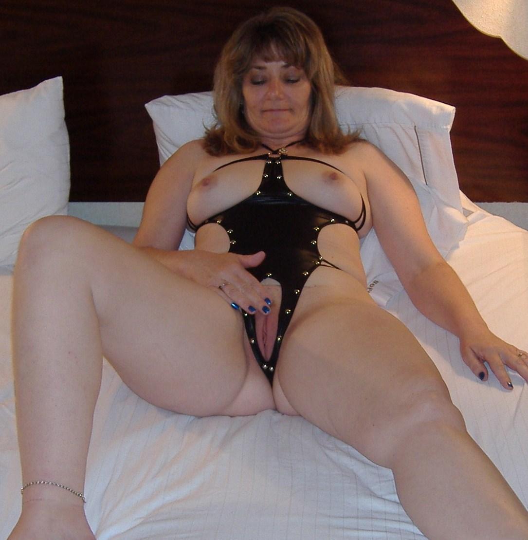 Pix women in bondage