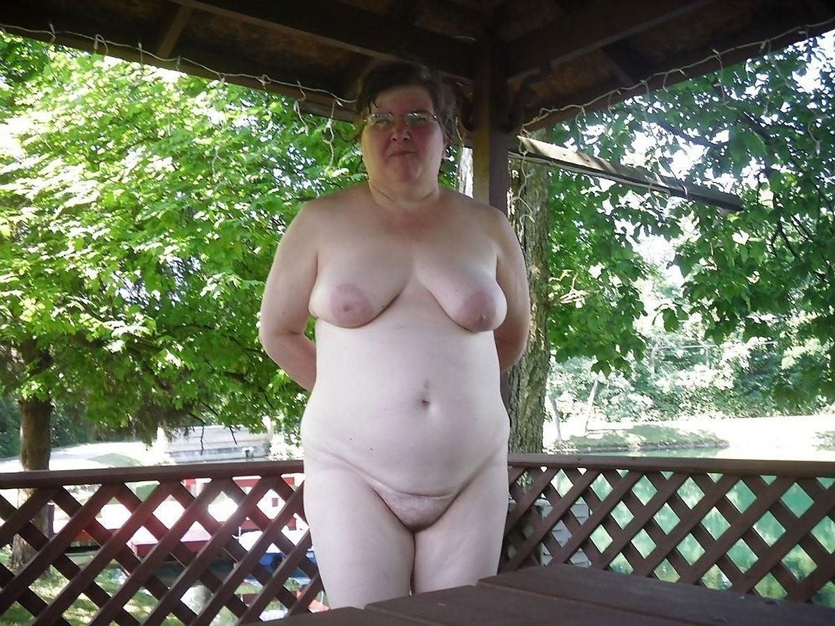 Talk sexy busty women pics