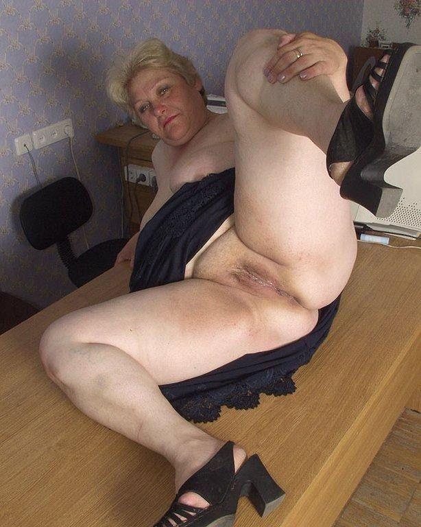 Cute coed pinay nude pics