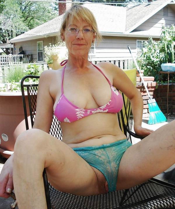 Older women with younger guys nude